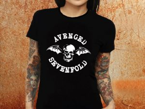 Camiseta feminina baby look Avenged Sevenfold preta Estamparia Rock na Veia