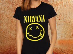 Camiseta feminina baby look Nirvana logo preta Estamparia Rock na Veia