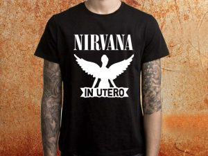 Camiseta masculina Nirvana In Utero preta Estamparia Rock na Veia